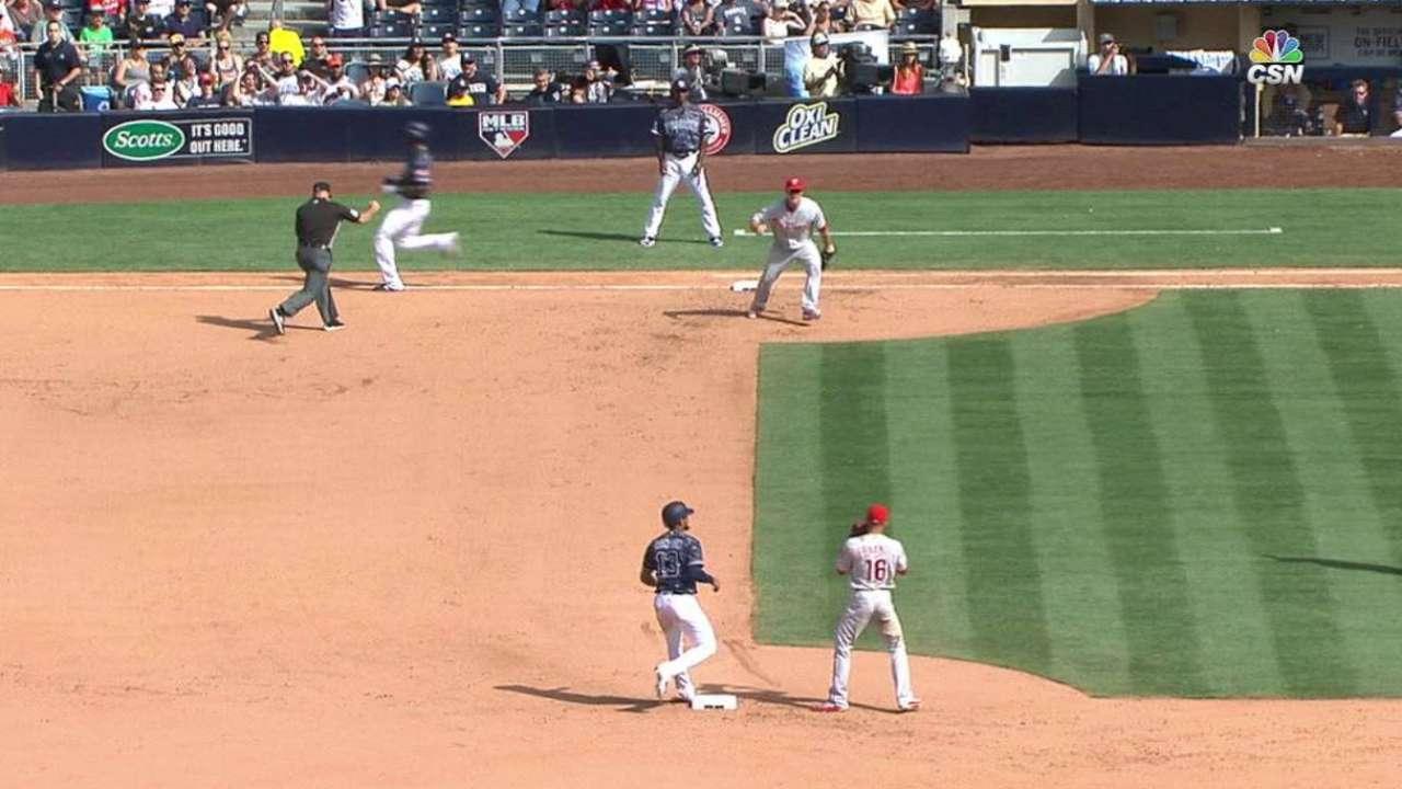 Triple play sin asistencia: El elefante blanco del béisbol